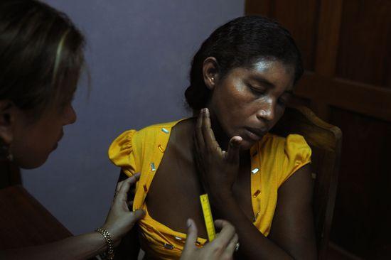 Nicaragua femme apr s coups diaporama psychologie - Coup de foudre psychologie ...