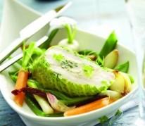 supreme-de-volaille-a-la-citronnelle-farci-aux-cepes-des-vosges-legumes-de-saison