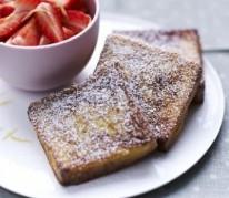 le-pain-perdu-et-sa-salade-de-fraises-de-france