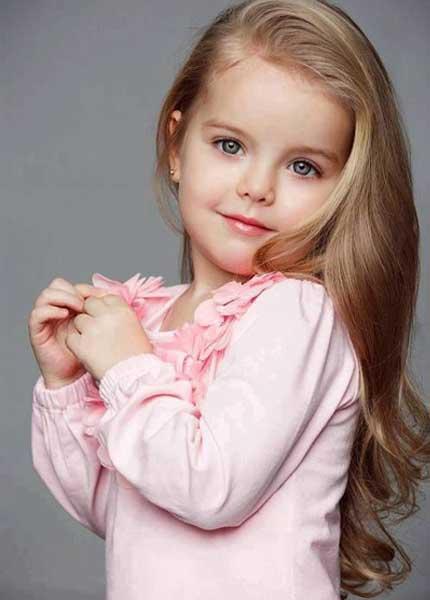 coiffure petite fille cheveux long diaporama beaut. Black Bedroom Furniture Sets. Home Design Ideas