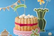 charlotte-vanille-deux-chocolats-et-son-croustillant-de-meringues
