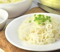 Salade de chou blanc et raisins secs