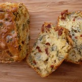 Cake mozzarella tomates séchées
