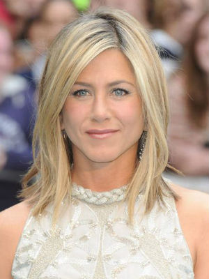 carr plongeant d grad jennifer aniston et son carr. Black Bedroom Furniture Sets. Home Design Ideas