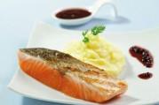 Pavé de saumon Label Rouge grillé à l'unilatéral et purée de pommes de terre