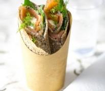 wrap-au-saumon-et-creme-de-curry