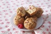 Gâteau à la rhubarbe et aux framboises