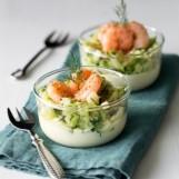 Verrines de courgettes et de crevettes, sauce au curcuma