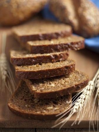 aliments pauvres en cholest rol le pain complet diaporama nutrition doctissimo. Black Bedroom Furniture Sets. Home Design Ideas