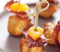 sticks-de-poulet-saute-au-paprika-et-chips-de-bacon-fume