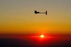 Les ailes du soleil ou le vol perpétuel d'un avion 100 % solaire