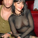 Rihanna-toute-nue
