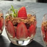Crumble aux fraises Ciflorette Label Rouge par Michel Dussau