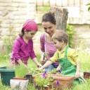 lui apprendre à jardiner