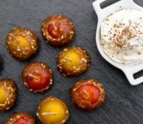 tomates-cerises-au-caramel-et-chantilly-salee