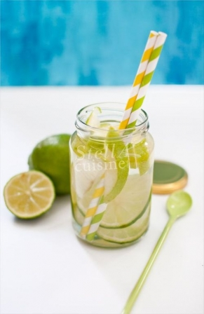 detox water pomme granny citron vert recettes de detox water pour un corps sain diaporama. Black Bedroom Furniture Sets. Home Design Ideas
