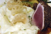 thon grillé et purée de pomme de terre