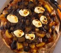 pizza-au-chocolat-abricot-rhubarbe-et-mascarpone