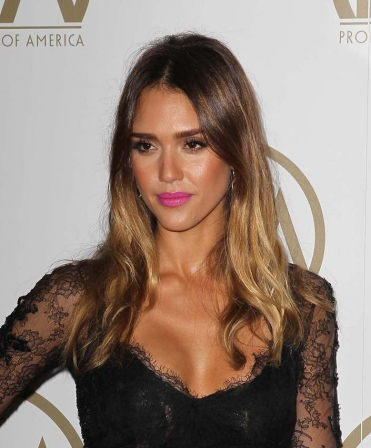 tie and dye cheveux chatains tie and dye cheveux chatains de jessica alba diaporama beaut. Black Bedroom Furniture Sets. Home Design Ideas