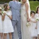 Kate moss les plus beaux clich s de son mariage for Robe de mariage de kate moss tomber