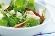Salade de mâche nantaise aux nectarines et chèvre sec