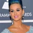 Katy Perry en Elie Saab sur le tapis rouge de la 54e soirée des Grammy Awards, le 12 février 2012 au