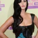 Katy Perry en robe semi-transparente Elie Saab et escarpins Jimmy Choo aux MTV Video Music Awards le
