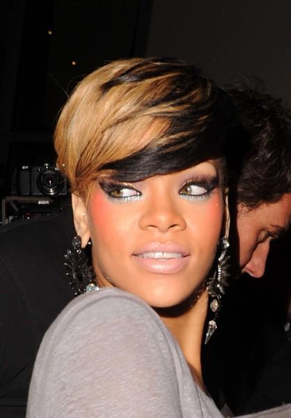 Coupe De Cheveux Rihanna 2010 - Diaporama Beautu00e9 - Doctissimo