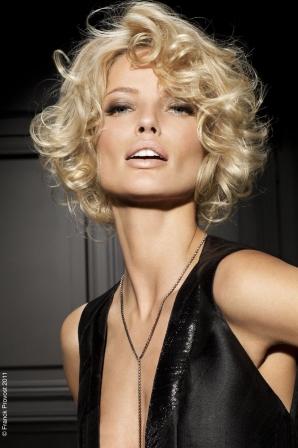 Coiffure Glamour Cheveux Court Millaulespiedssurterre