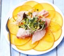 carpaccio-de-persimon-bar-marine-au-citron-et-a-la-fleur-de-sel