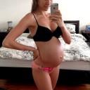star-enceinte-Rachael-Finch-enceinte