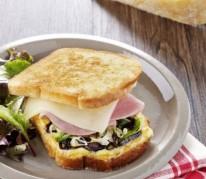 croque-basque-au-pur-brebis-pyrenees-et-jambon-blanc