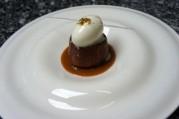kouign-amann-aux-pommes-et-caramel-au-beurre-sale
