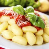 Gnocchi Sauce tomate pimentée