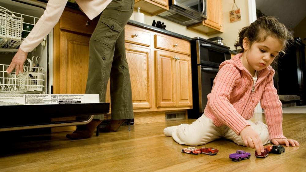 jouets pour fille et pour gar on faut il entretenir les st r otypes interview de st phane. Black Bedroom Furniture Sets. Home Design Ideas