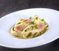 spaghettis-cremees-au-saumon-frais-et-brocolis