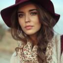 Coiffure hiver avec un chapeau