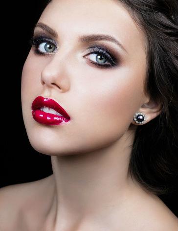 maquillage soir e yeux bleus diaporama beaut doctissimo. Black Bedroom Furniture Sets. Home Design Ideas