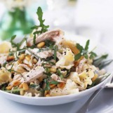 Salade de pâtes au poulet poché