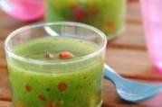 Gaspacho de courgettes & brunoise de poivrons croquants