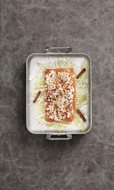 Saumon de norv ge au four aux amandes la cannelle et au fenouil recette de saumon de - Cuisiner le fenouil au four ...