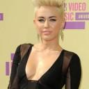 La coupe à la brosse de Miley Cyrus