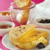 Le foie gras aux 3 compotées et mouillettes toastées