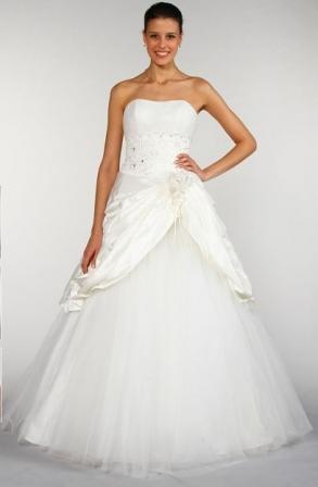 robe-de-mari%C3%A9e-grande-taille-tati-mariage