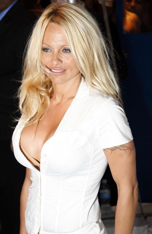 Pamela anderson video porno gratuitement
