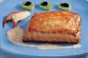 Feuilleté de crabe et fondue de poireaux
