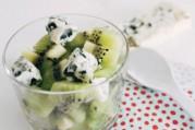 meli-melo-de-kiwi-roquefort-en-salade-de-fruit