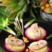 Foie gras en carpaccio d'ananas Victoria  et pitaya fruits du dragon