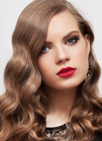 Maquillage yeux bleus id es de maquillage pour les yeux bleus doctissimo diaporama beaut Idee maquillage yeux
