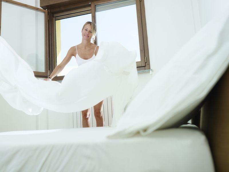 Faire le lit sans a rer la chambre diaporama psychologie doctissimo - Ventiler une chambre ...